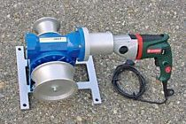 Electric capstan winch with a drilling machine